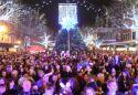 Show more details of Carlisle Christmas Light Switch On