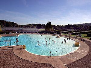 Ilkley lido at ilkley lido swimming outdoor ilkley - Outdoor swimming pools north west ...