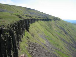 Great Rundale to High Cup Gill