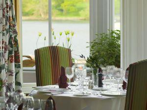 Lakeside Hotel restaurant