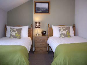 Lingmoor Twin Bedroom