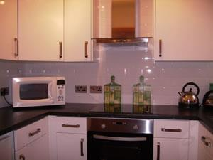 Derwent Apartment kitchen