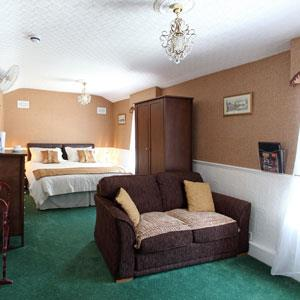 Shewsbury Junior Suite