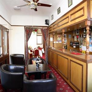 Maluth Lounge Bar and Dining Room