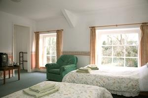 Plas Dolau - An en-suite guest house style room