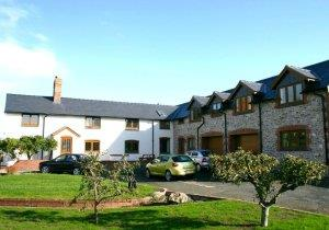 Long Mountain Four Star Bed &amp; Breakfast, Welshpool