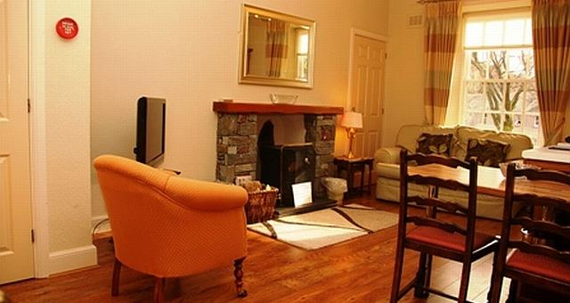 Beck Allans Self Catering - Helvellyn Apartment 3