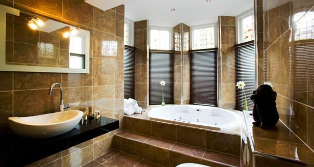 Bathroom, Luxury Room 7