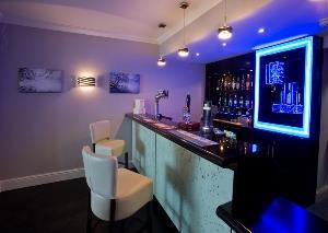 Caerwylan Bar