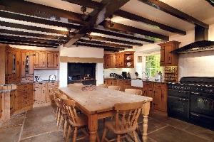 Main House Kitchen - five star luxury