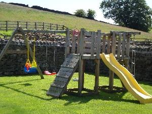 Childrens play area & garden